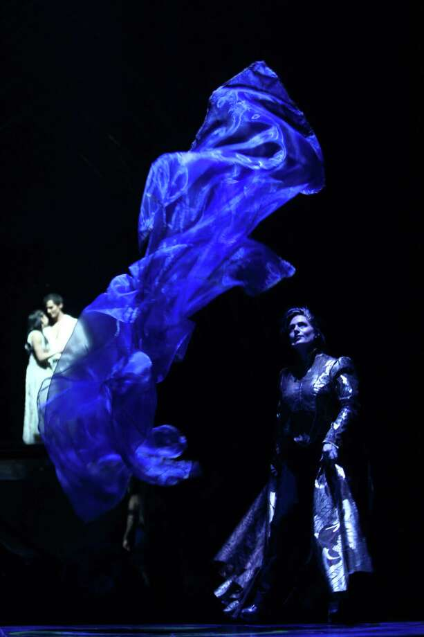 Julie McInnes performs during Cirque du Soleil's Amaluna. Photo: JOSHUA TRUJILLO, SEATTLEPI.COM / SEATTLEPI.COM