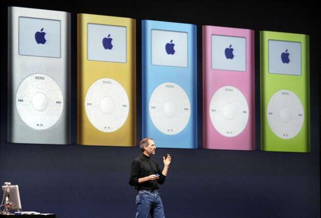Steve Jobs introduces a new version of the iPod mini at Macworld 2004. Photo: Frederic Larson, SFC / The Chronicle