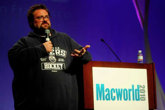 Director Kevin Smith speaks at Macworld 2010. Reportedly the speech was vulgar and contained little about Apple or its products. Just what you want at Macworld. Photo: Mike Kepka, The Chronicle / SFC