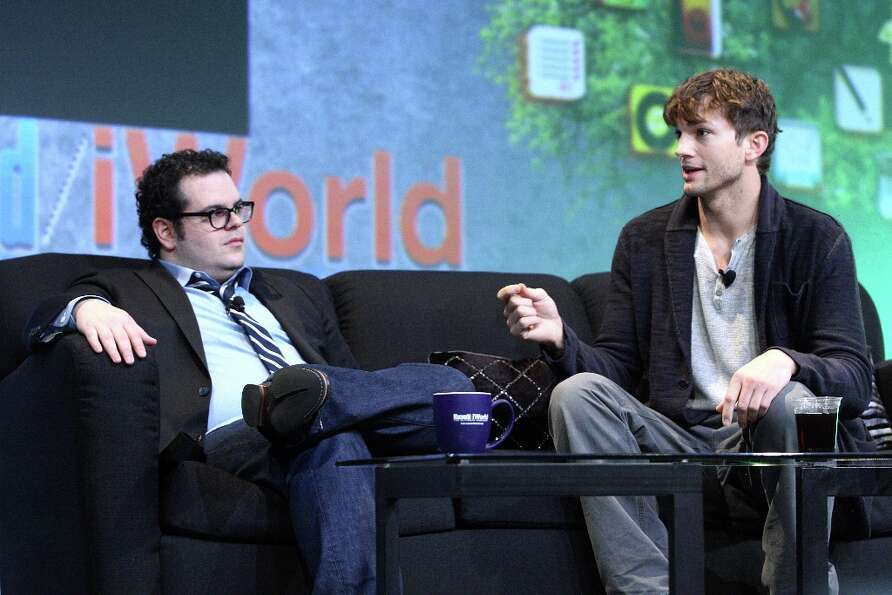Josh Gad, left, and Ashton Kutcher talk about portraying Steve Wozniak and Steve Jobs in the new fil