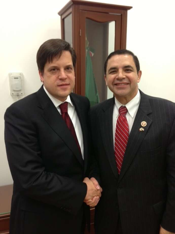 Congressman Henry Cuellar, left, with Foreign Ministry's Undersecretary for North America Sergio Alcocer Martínez.