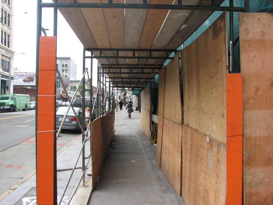 942 Mission and Jessie, early Jan.  2013; Walkway protects Mission Street pedestrians from debris