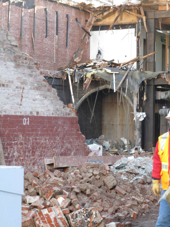 942 Mission and Jessie, second week in Jan.;  The first tumbling of walls is a rough process