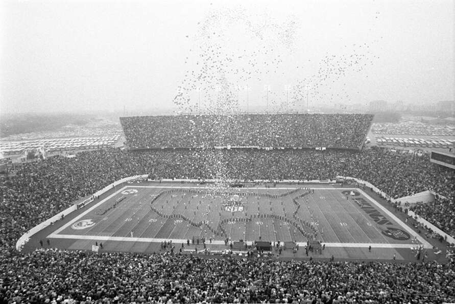 Minnesota Vikings vs. Miami Dolphins at Rice Stadium, Jan. 13, 1974.