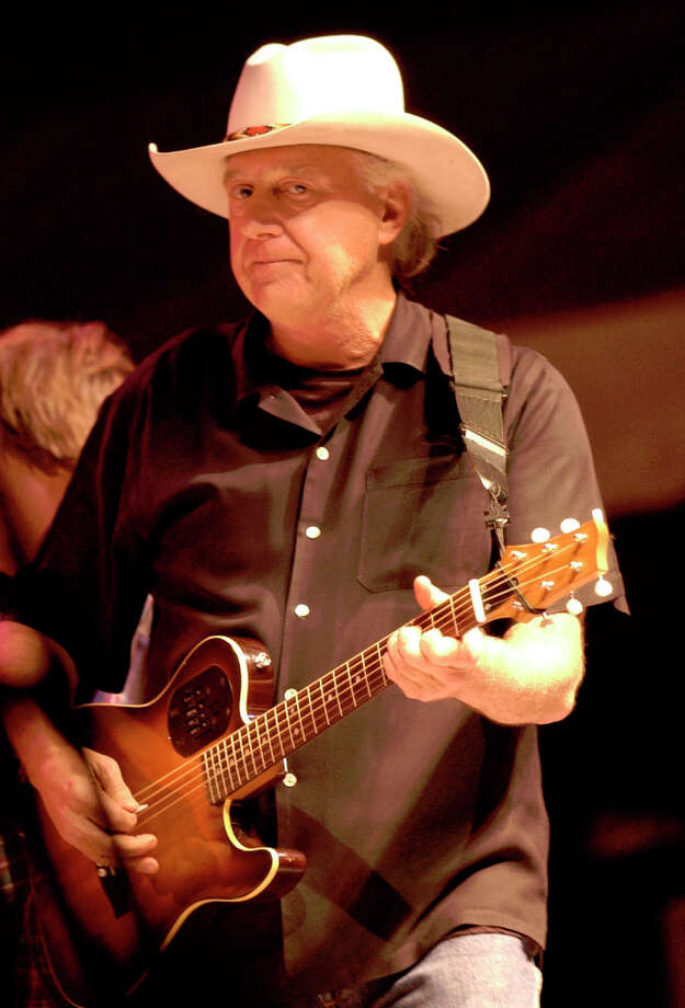Jerry Jeff Walker performing at Super Bowl festivities on Friday, Jan. 30, 2004. Photo: Melissa Phillip, Houston Chronicle / Houston Chronicle