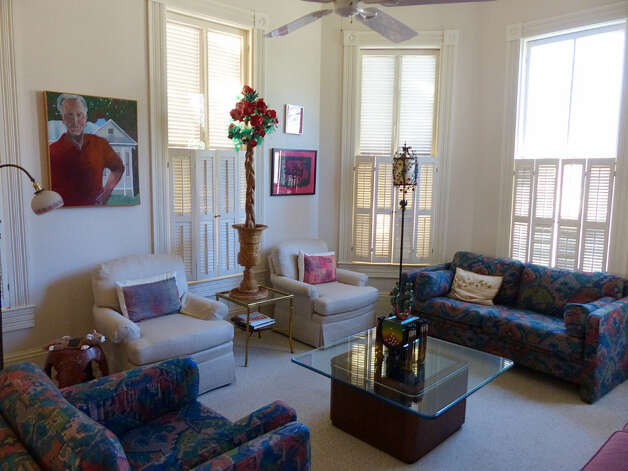 The front parlor on the Pancoast home south of downtown San Antonio on Wednesday, Jan. 30, 2013. Photo: Billy Calzada, San Antonio Express-News / SAN ANTONIO EXPRESS-NEWS