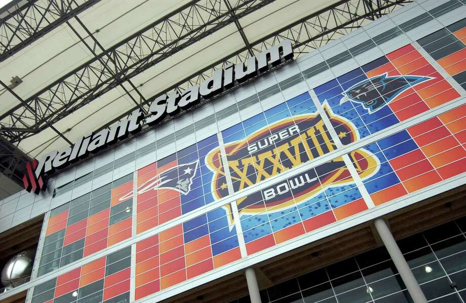 Reliant Stadium was the site of Super Bowl XXXVIII in 2004, and Houston will find out in May if the city will host the NFL's big game in 2017. Photo: Karl Stolleis, Staff / Houston Chronicle