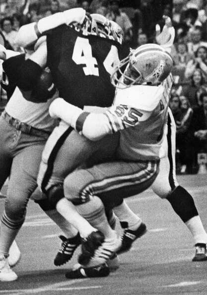 Elvin Bethea (65)Defensive EndTime with t