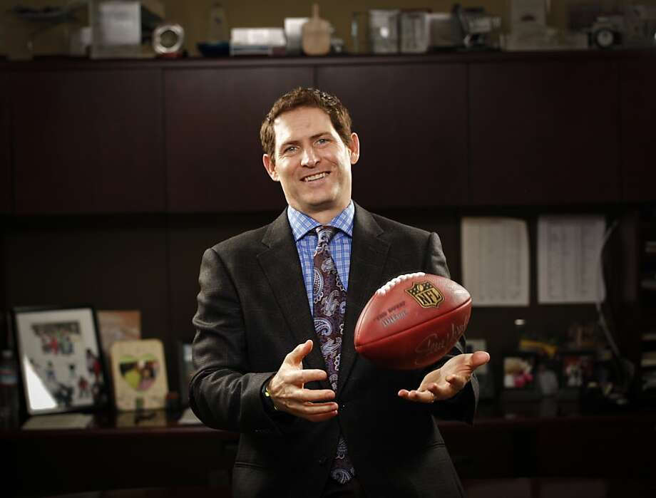 Steve Young played on three Super Bowl winning 49ers teams. Photo: Russell Yip, The Chronicle