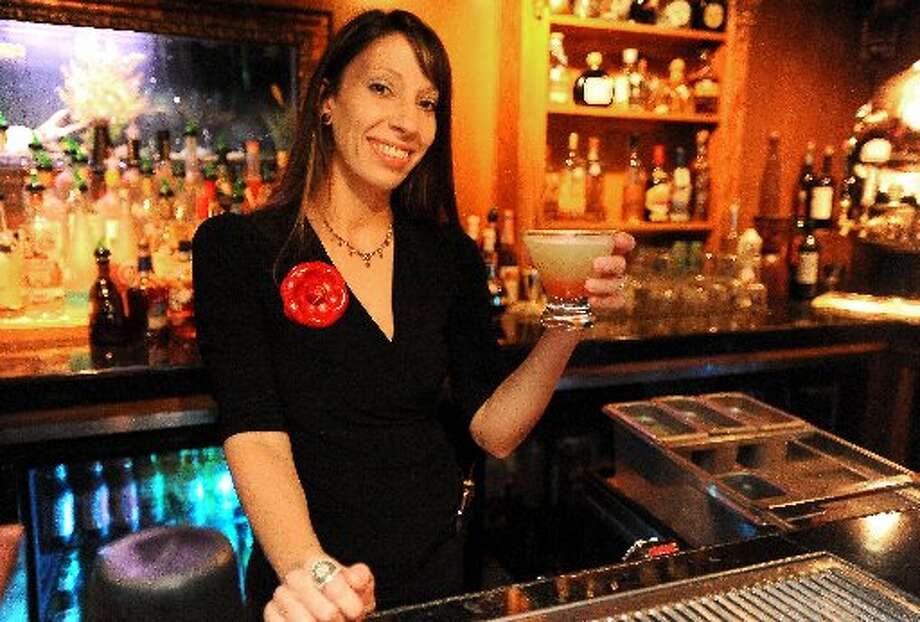 Bartender Elle Perrio at Tradewinds Tavern at the MCM Elegante. Tammy McKinley/cat5