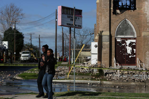 City Councilwoman arrives on the scene after a multi-alarm fire overnight at Childress Memorial Church Of God In Christ in San Antonio on Saturday, Feb. 2, 2013. Photo: Lisa Krantz, San Antonio Express-News / © 2012 San Antonio Express-News