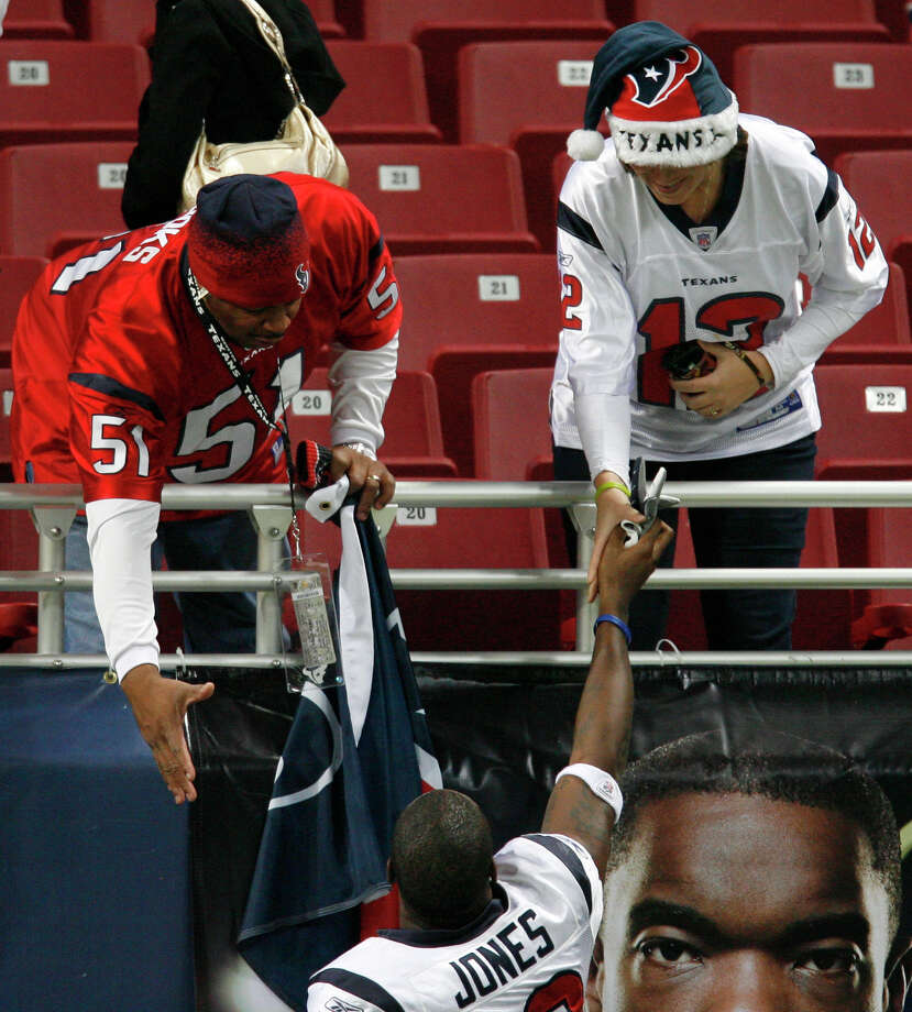 Fans were impressed with Jacoby Jones for his big plays during the early years of his career in Houston. Photo: Karen Warren, Houston Chronicle / Houston Chronicle