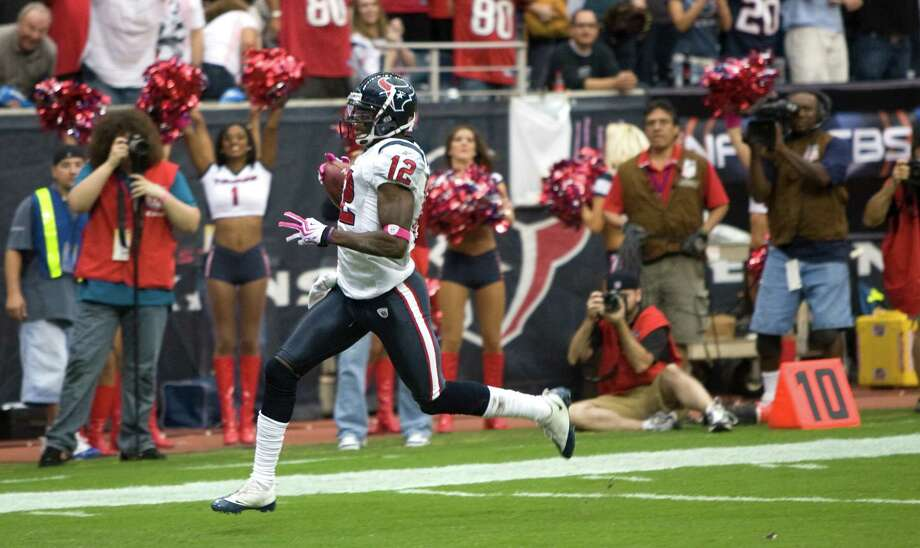 Oct. 4, 2009Texans wide receiver Jacoby Jones runs toward the end zone on a 95-yard free kick return for a touchdown against the Oakland Raiders. The Texans beat the Raiders 29-6. Photo: Brett Coomer, Houston Chronicle / Houston Chronicle