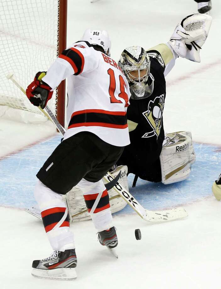 Devils get shelled as Penguins win - Times Union e6b14319b