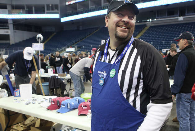 Organizer Jim Keenan looks around at Chowda Fest on Sunday, February 3, 2013 at Webster Bank Arena in Bridgeport , Conn.  The Unitarian Church in Westport sponsors the event, which raises money for the Connecticut Food Bank. Photo: BK Angeletti, B.K. Angeletti / Connecticut Post freelance B.K. Angeletti