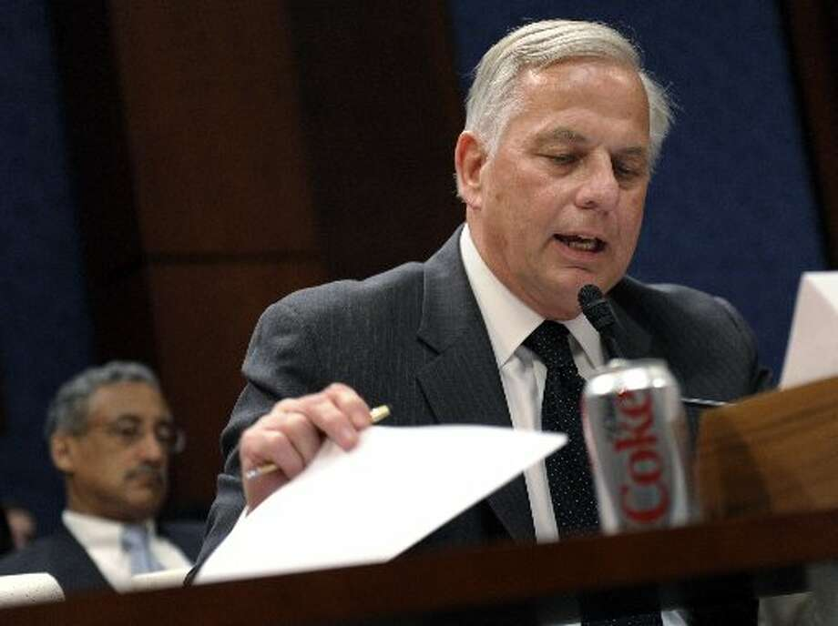 Rep. Gene Green at a congressional hearing.