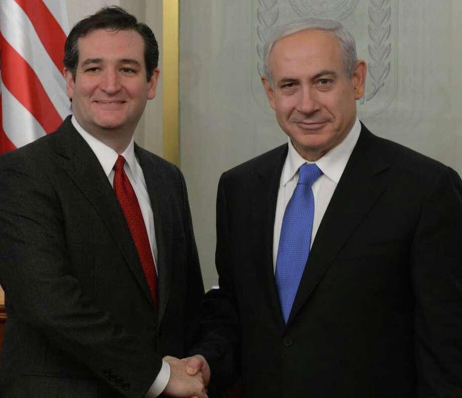 Sen. Ted Cruz poses with Prime Minister Netanyahu.