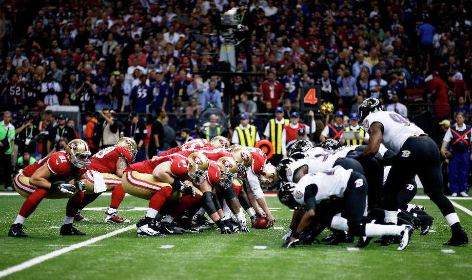 The San Francisco 49ers line up for a field goal in the first quarter. Photo: Chris Graythen / 2013 Getty Images