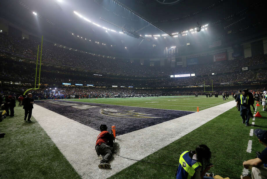 The Superdome is seen after the lights went out during the second half of NFL Super Bowl XLVII football game between the San Francisco 49ers and the Baltimore Ravens Sunday, Feb. 3, 2013, in New Orleans. (AP Photo/Darron Cummings) Photo: Darron Cummings, ASSOCIATED PRESS / AP2013