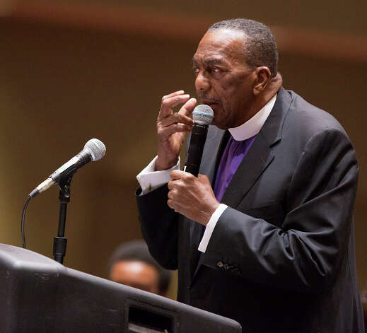 FOR METRO - Bishop Samuel E. Iglehart, pastor of the Childress Memorial Church of God in Christ, speaks during a service at the Gonzalez Convention Center on Sunday, Feb. 3, 2013. MICHAEL MILLER / FOR THE EXPRESS-NEWS Photo: Michael Miller, For The Express-News / For the Express-News