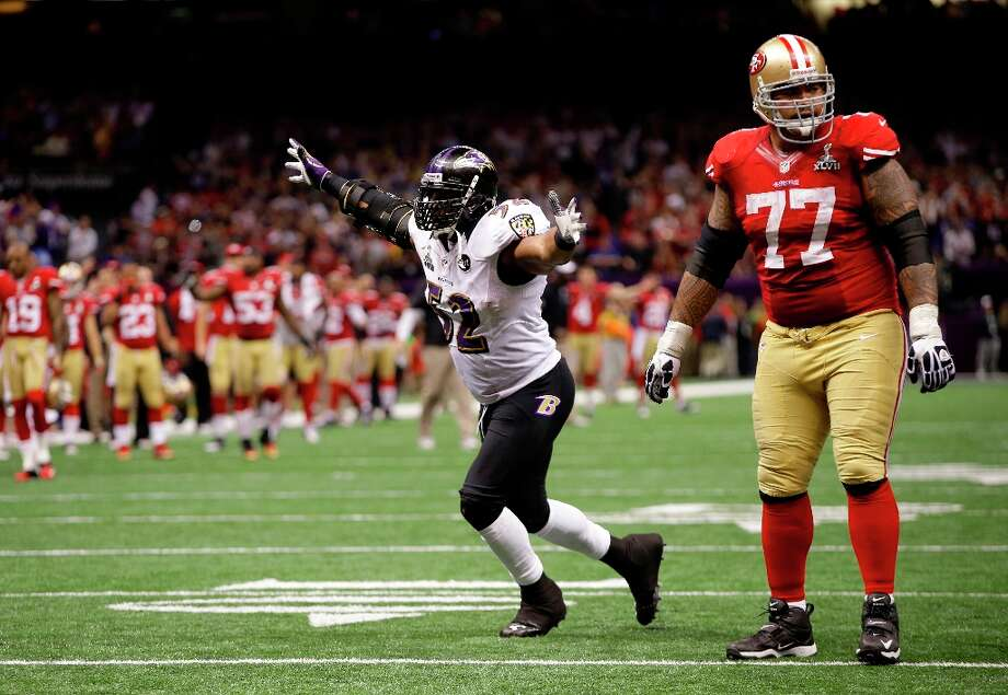 Baltimore Ravens linebacker Ray Lewis (52) reacts after the defense stopped the San Francisco 49ers on fourth-and-goal during the second half of the NFL Super Bowl XLVII football game, Sunday, Feb. 3, 2013, in New Orleans. The Ravens won 34-31. (AP Photo/Mark Humphrey) Photo: Mark Humphrey, Associated Press / AP