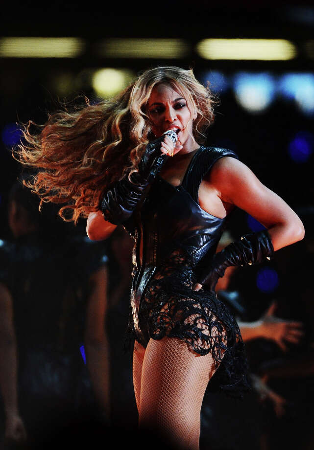 Singer Beyonce performs during the Pepsi Super Bowl XLVII Halftime Show. Photo: Harry How / 2013 Getty Images