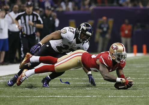 Running back Ray Rice (27) recovers a fumble by running back Ray Rice (27) during the second half of Superbowl XLVII between the San Francisco 49ers and the Baltimore Ravens at the Mercedes-Benz Superdome on Sunday February 3, 2013 in New Orleans, La. Photo: Michael Macor, The Chronicle
