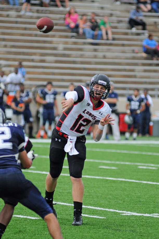 Connor Feist, QBSchool: Langham CreekHT: 6-2 WT: 200 Committed to: Uncommitted Photo: L. Scott Hainline