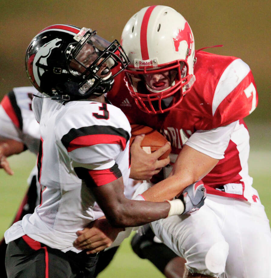 Goldie Jones , DBSchool: Westfield HT: 5-11 WT: 170 Committed to: Uncommitted Photo: Billy Smith / © 2011 Houston Chronicle