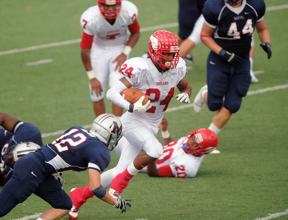 Maurice Smith , DBSchool: Dulles HT: 5-11 WT: 178 Signed to: Alabama  Photo: Eddy Matchette, For The Chronicle / Freelance