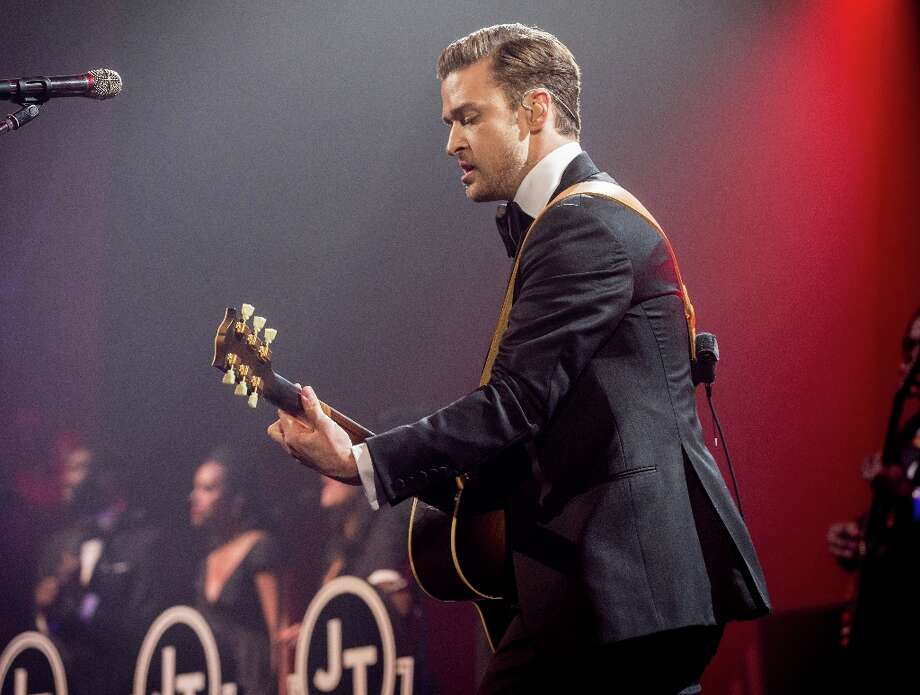Justin Timberlake performs at DIRECTV Super Saturday Night Featuring Special Guest Justin Timberlake & Co-Hosted By Mark Cuban's AXS TV on February 2, 2013 in New Orleans, Louisiana. Photo: Christopher Polk, Getty Images For DirecTV / 2013 Getty Images