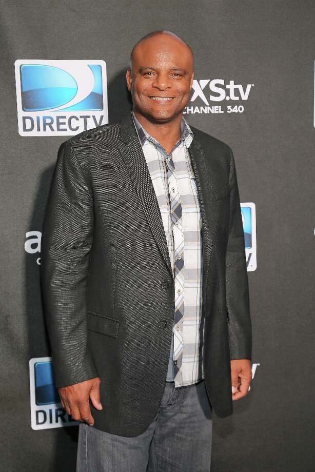 NFL Hall of Famer Warren Moon attends DIRECTV Super Saturday Night Featuring Special Guest Justin Timberlake & Co-Hosted By Mark Cuban's AXS TV on February 2, 2013 in New Orleans, Louisiana. Photo: Neilson Barnard, Getty Images For DirecTV / 2013 Getty Images