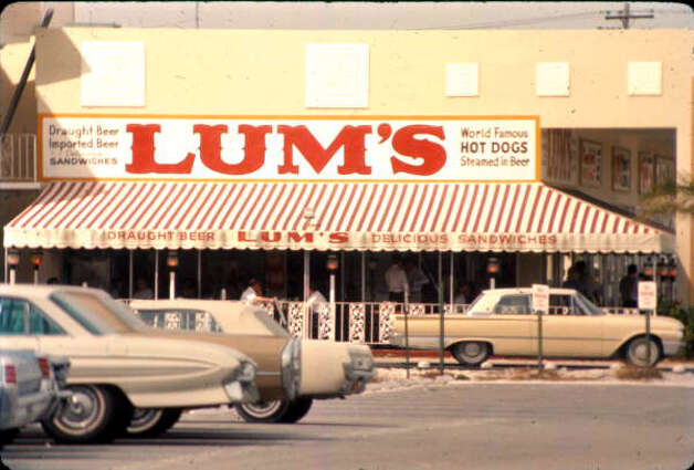 Lum's, founded in 1956, was once a mighty hot dog empire, with 400 outlets and a listing on the New York Stock Exchange. Swiss holding company Wienerwald Holdings A.G. reportedly bought Lum's in 1978, but declared bankruptcy in 1982. There are two Lum's left. Photo: Roy Erickson/State Archives Of Florida, Florida Memory, Floridamemory.com/items/show/61395