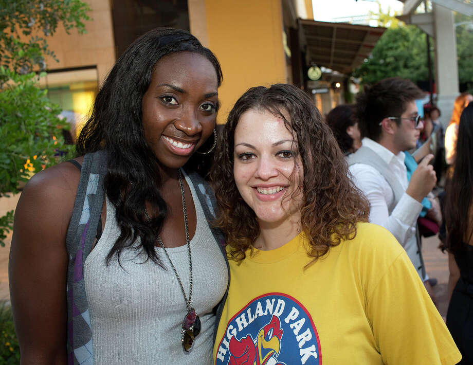 From the left, Sophia Young and Tiffany Arrambide at Fashion's Night Out at The Shops at La Cantera, Thursday, September 6, 2012. Photo: J. MICHAEL SHORT, Express-News / THE SAN ANTONIO EXPRESS-NEWS