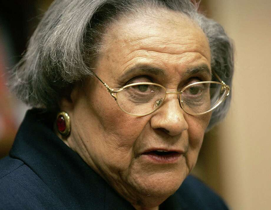 FILE - This Jan. 31, 2005 file photo shows Essie Mae Washington-Williams during a book signing in Washington. Washington-Williams, the daughter of one-time segregationist Sen. Strom Thurmond who kept her parentage secret for more than 70 years to avoid damaging his political career, died Monday, Feb. 4, 2013. She was 87. (AP Photo/Lawrence Jackson, file) Photo: Lawrence Jackson, STF / AP
