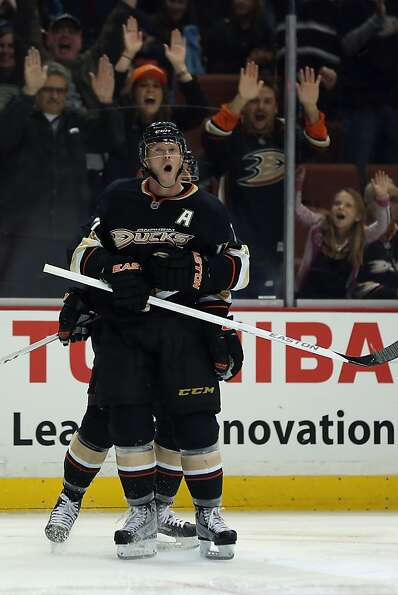 ANAHEIM, CA - FEBRUARY 04:  Saku Koivu #11 of the Anaheim Ducks celebrates his third period goal aga