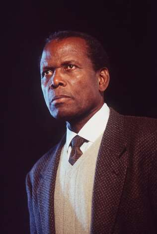Sidney Poitier won the Oscar for LILLIES IN THE FIELD.  But he should have won for A PATCH OF BLUE.