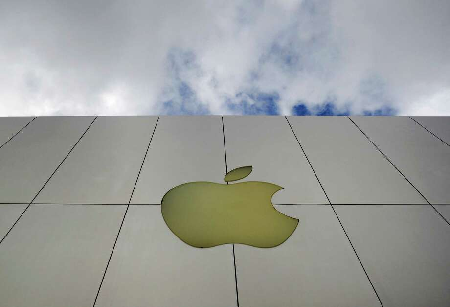 10. Apple pays its interns an average of $4,914 per month, or $58,968 a year.Source: Business Insider Photo: Russel A. Daniels, AP / AP