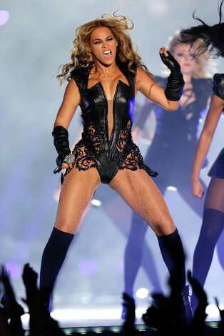Fresh off her performance at the Pepsi Super Bowl XLVII Halftime Show, Beyonce will kick off a world tour that stops at Mohegan Sun Arena on Aug. 2. Photo: Ezra Shaw, Getty Images / 2013 Getty Images