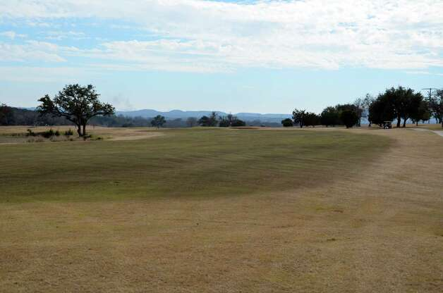 The view from the dogleg-left No. 8 are typical of the vistas at the Buckhorn in Comfort. Photo: LeAnna Kosub