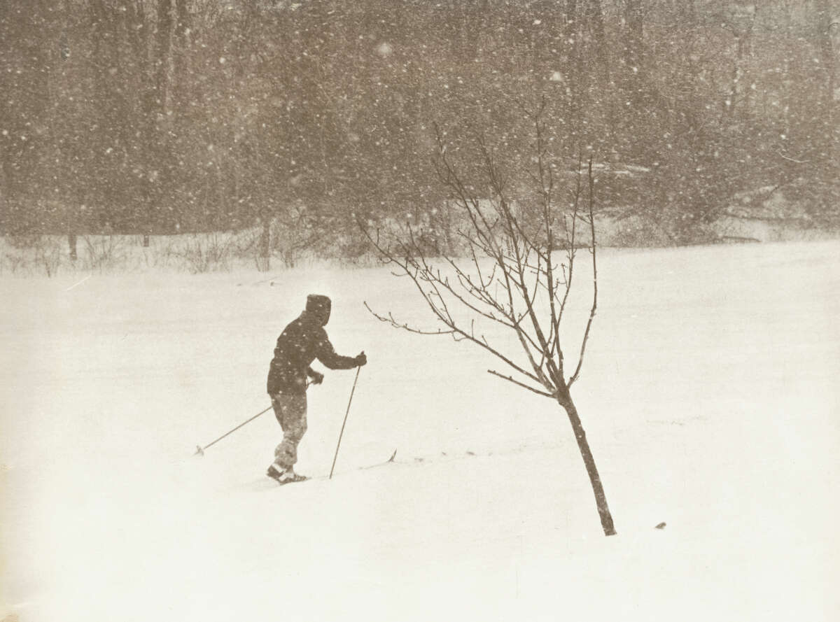 Feb. 7, 1978 - Snow day at Cove Island in Stamford, Conn. after the blizzard of 1978. 8. JAN. 21-25, 2005 Up to 3 feet of snow fell in southern New England, including 22.5 inches in Boston. Some areas around the city reported snowfall rates of 3 to 5 inches per hour and wind gusts up to 85 mph, leading to whiteout conditions. Many cities throughout the Northeast were shut down. ___ 7. JAN. 11-14, 1964 A severe storm spread a blanket of snow from the Mississippi River to the Atlantic coast, including more than 10 inches for the Northeast's major cities and up to 2 feet across parts of Pennsylvania. Williamsport in the central part of the state recorded the most snow from a single storm in a record dating to 1896. ___ 6. FEB. 2-5, 1961 More than 20 inches fell in the New York City region, with up to 40 inches in the central part of the state and lesser but still substantial amounts throughout New England. At least 70 people were killed during the storm, which immobilized cities, blocked highways and halted commerce.