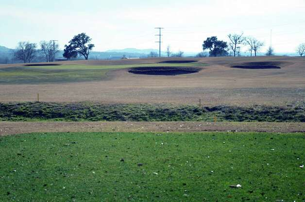 Hole No. 17 at the Buckhorn in Comfort has the most protected hole, with four bunkers providing the challenge on the shortest hole of the course. Photo: LeAnna Kosub