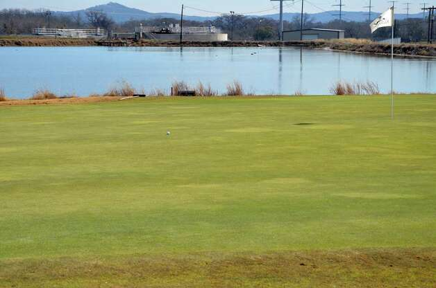 The small lake on the left of No. 5 at the Buckhorn in Comfort can be intimidating. Photo: LeAnna Kosub