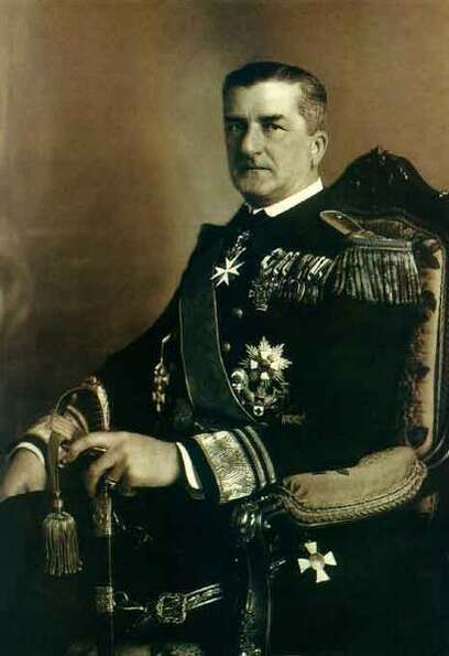 Miklós Horthy led the white terror after seizing power from Hungarian communists in the chaos follo