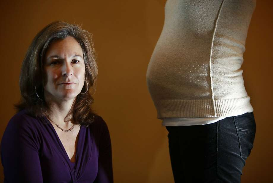 Tracey Woodruff, a principal investigator on the international study, with a six-months-pregnant colleague at UCSF's Program on Reproductive Health and the Environment. Photo: Lea Suzuki, The Chronicle