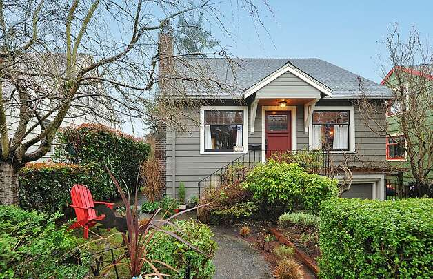 Next, at $520,000, is 4725 51st Ave. S. The 2,130-square-foot house, built in 1928, has four bedrooms and 1.75 bathrooms -- including a master suite with a vaulted ceiling -- an office, coved ceilings and a big back deck on a 4,800-square-foot lot. Photo: Jason Mercio/Courtesy Fionnuala O'Sullivan/Gerrard Beattie & Knapp
