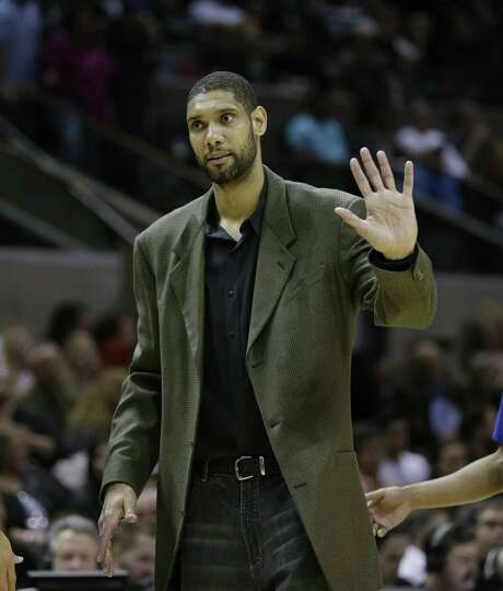 Injured All-Star forward Tim Duncan isn't expected to play tonight against Minnesota.