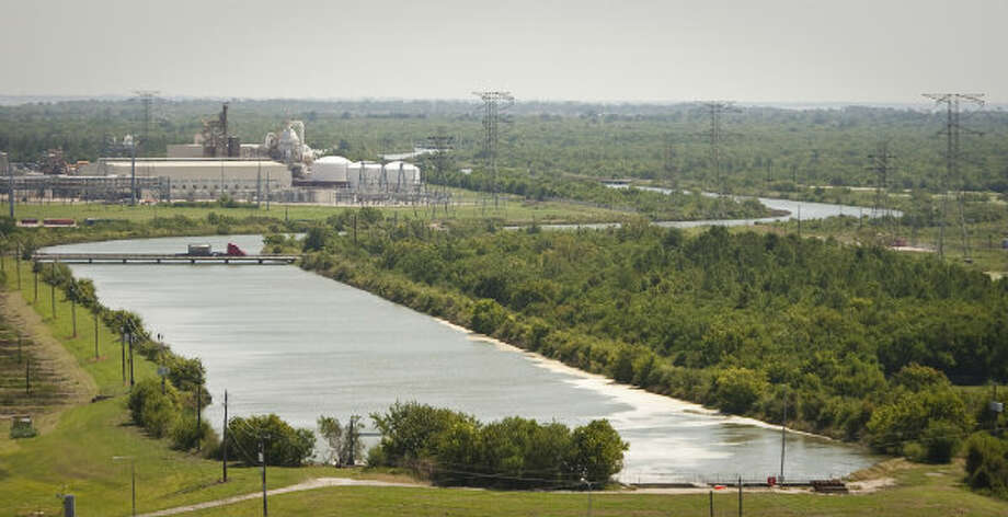 Cedar Bayou Power Plant uses a six and a half mile cooling canal to move purified water, taken from Cedar Bayou, to Trinity Bay. The length of the canal is necessary because the water is at an ambient temperature when it reaches the bay.