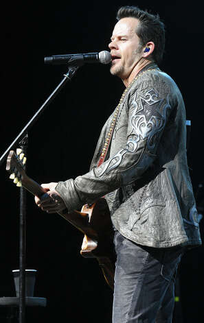 The soulful Gary Allan returns Wednesday. Photo: EXPRESS-NEWS FILE PHOTO