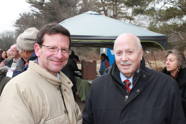Dan Drake of Turner Constructon and Westport First Selectman Gordon Joseloff